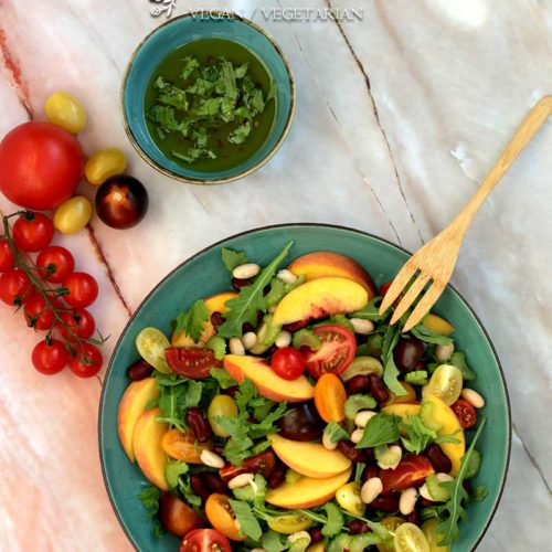 vegan Tomaten Bohnen Salat mit Pfirsich